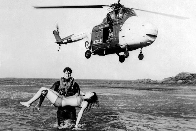 Vintage Culdrose rescue